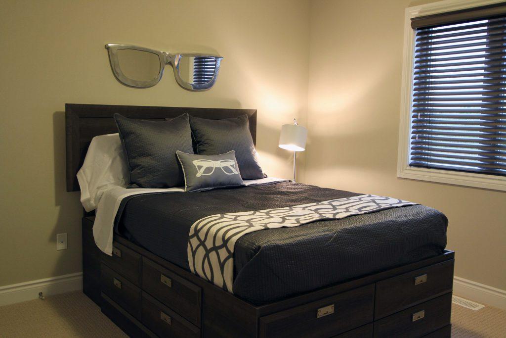 Clematis I Guest Bedroom